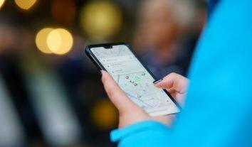 Vale-transporte para pagar aplicativos beneficia trabalhador