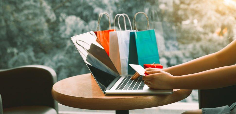 Promoções da Black Friday exigem atenção do consumidor